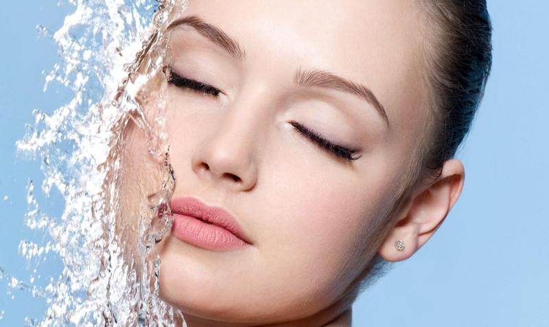 После дозы ультрафиолета коже требуется доза увлажнения